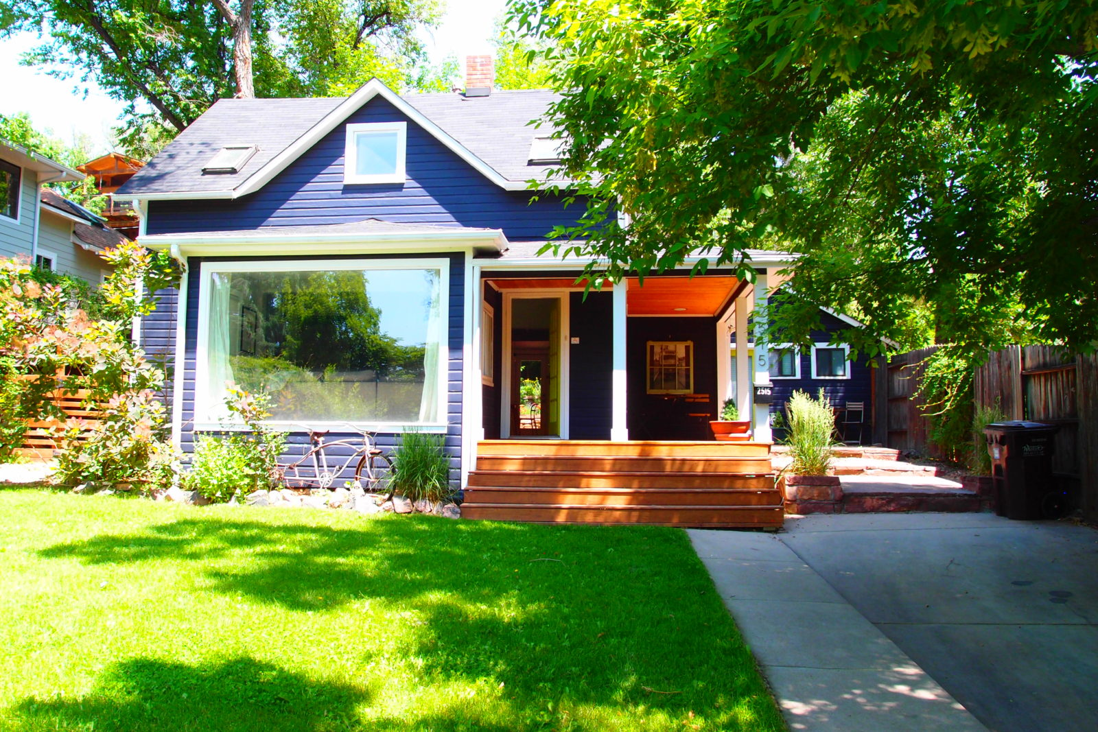 2515 Bluff Street - UNDER CONTRACT